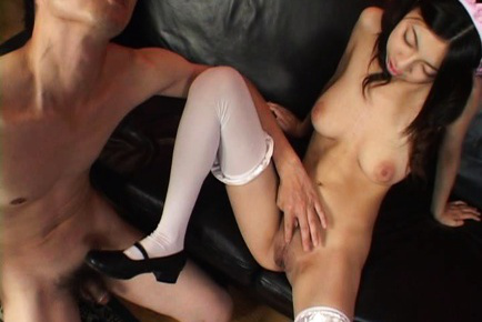 Momo aizawa has shaved cunt licked and explored 3