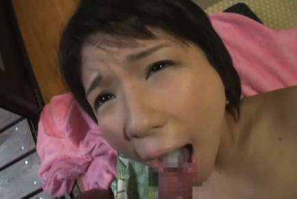 Amateur. Amateur Asian dame has cumshot on tongue from